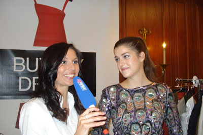 "Charity Aktion ""Buy my dress"" Arabella TV Interview mit Top Model Marie Nasemann"