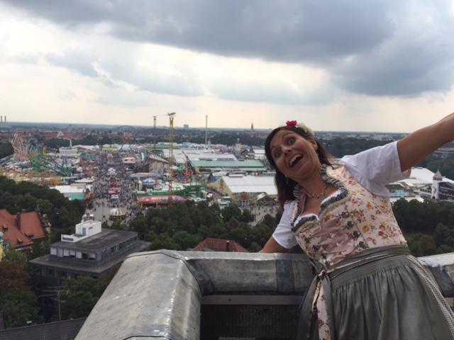 Hoch oben auf der St. Pauls Kirche, ein Aufstieg während der Wiesn muss unbedingt mit drin sein