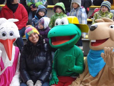 """Saisoneröffnung Legoland Deutschland in Günzburg- hier mit den Maskottchen vom Regionalmarketing, es war """"saukalt"""""""